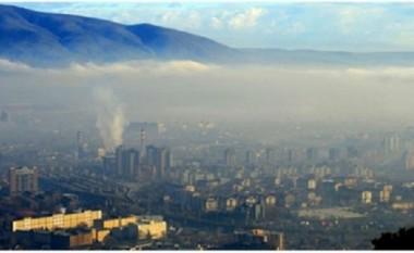 Shkupjanët sot protestuan kundër ndotjes së ajrit (Foto)