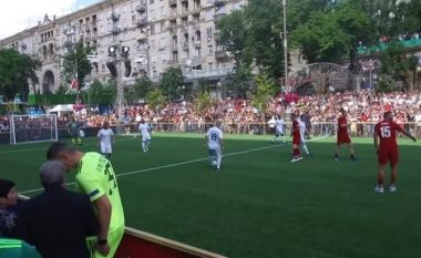 Legjendat e Realit fitojnë thellë ndaj atyre të Liverpoolit, Seedorf me një volle filloi festivalin e golave te Los Blancos