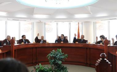 Gjykata Kushtetuese refuzon iniciativën për anulimin e vendimit për referendum