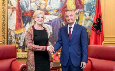 Meta - Millard: Rezultati pozitiv i referendumit në Maqedoni është i rëndësishëm për ardhmërinë evropiane të rajonit