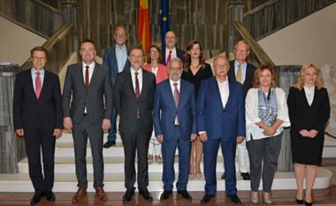 Xhaferi takohet me anëtarët e Komitetit të përzier parlamentar të BE-së