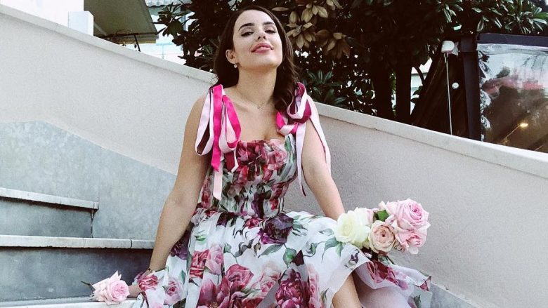 Zbulohet çmimi super i shtrenjtë i fustanit që Armina Mevlani veshi në fejesën e saj
