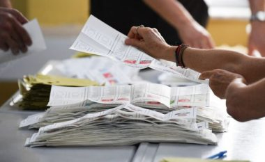 Në Turqi, një votuese është 165 vjeçe – dhe jo vetëm kaq!