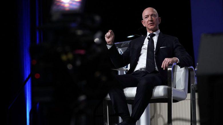 Jeff Bezos, njeriu më i pasur në botë, do të jap 10 miliardë dollarë për luftimin e ngrohjes globale